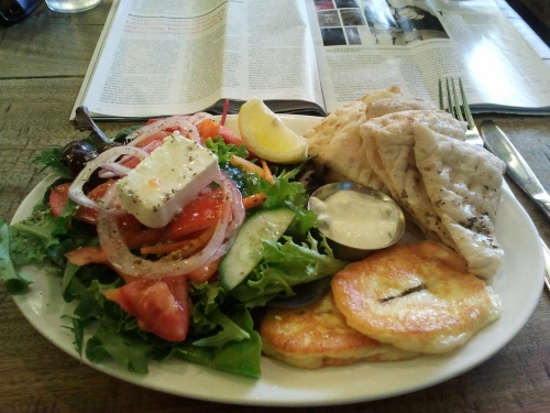 Haloumi platter at Three Monkeys Cafe